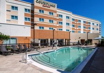 Courtyard Columbus 2