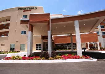 Courtyard Columbus 3
